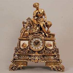 Часы  «Муза» каминные с фарфоровыми вставками