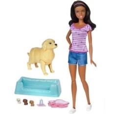 Кукла Барби-брюнетка с новорожденными щенками