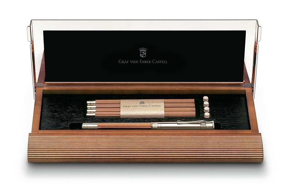 Настольный набор с короткими карандашами №V