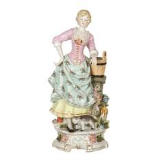 Статуэтка Дама у колодца