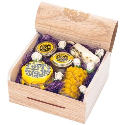 Косметический набор на основе мёда Цветочное настроение