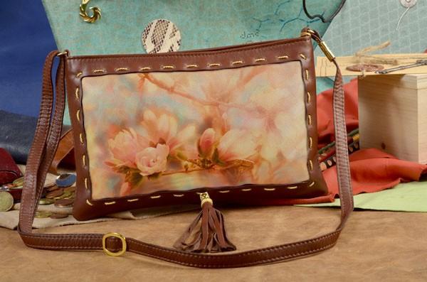 Клатч с принтом Нежные цветы