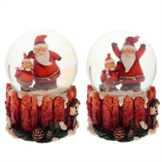 Фигурка в стеклянном шаре Санта