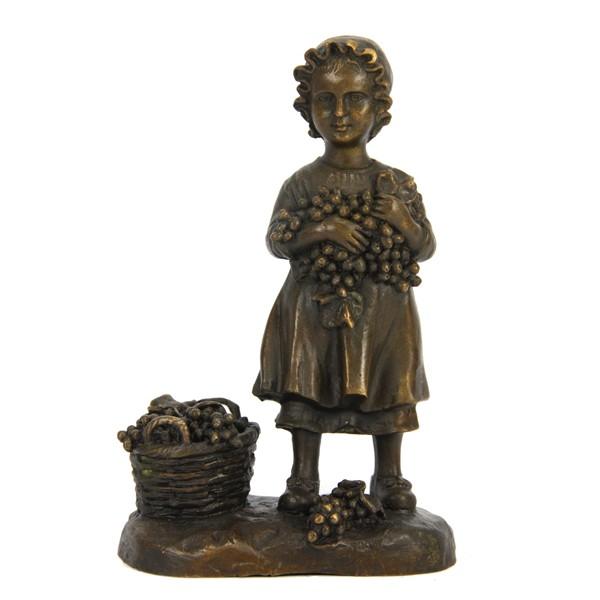 Бронзовая статуэтка Девочка с корзиной