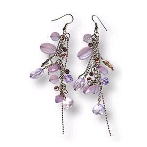 Серьги с фиолетовыми бусинами и кристаллами