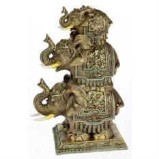 Фигурка Три слона на подиуме