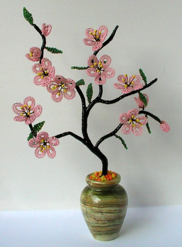 Сувенир Веточка сакуры в вазочке из оникса