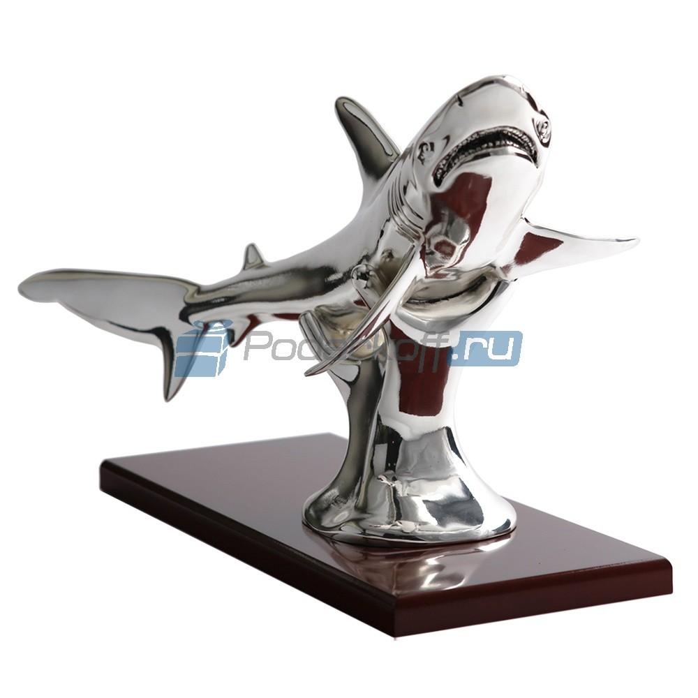 Скульптура Акула