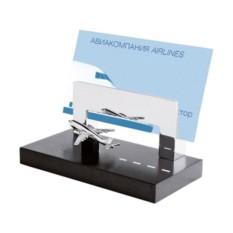 Подставка под визитки с миниатюрным самолетом