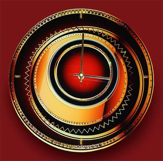 Часы с кристаллами сваровски Объемный взгляд