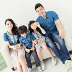 Джинсовый комплект Семейный очаг для родителей и дочки