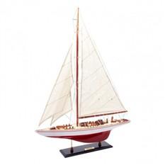 Модель Яхты Endeavour