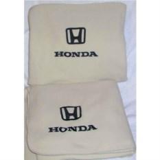 Бежевый плед с черной вышивкой Honda