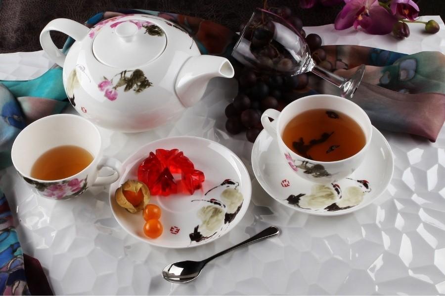 Фарфоровый чайный сервиз на 13 предметов Севилья