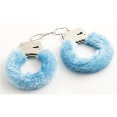 Голубые сувенирные наручники с мехом
