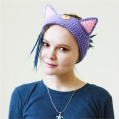 Вязаная повязка на голову Кошка Луна