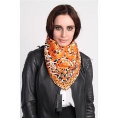 Оранжевый женский платок Versace