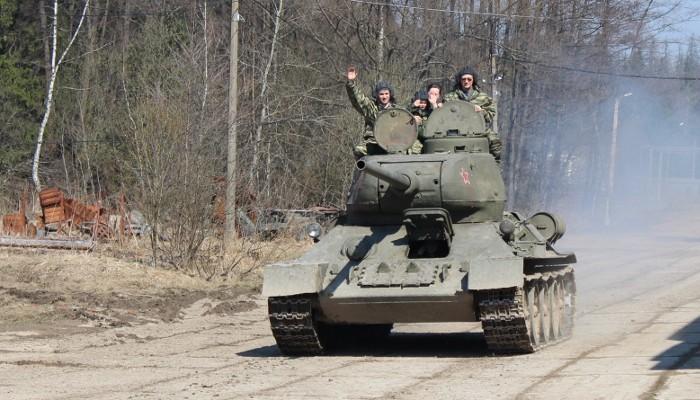 Подарочный сертификат Поездка на танках Т-55 или Т-34-85 с экскурсией в музей от Воентур-М