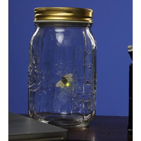 Светлячки в банке Fireflies in a jar