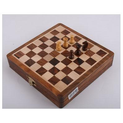 Мини-шахматы, фигурки на магнитике