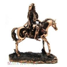 Статуэтка Богатырь на коне (26 см)