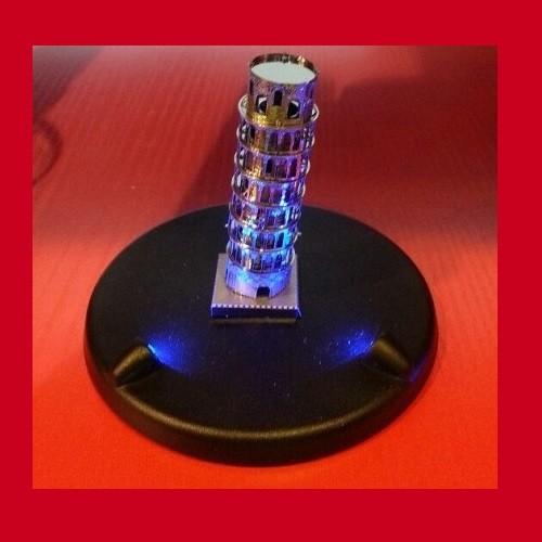 Подставка для модели с подсветкой