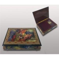 Шкатулка для ювелирных украшений с изображением на крышке