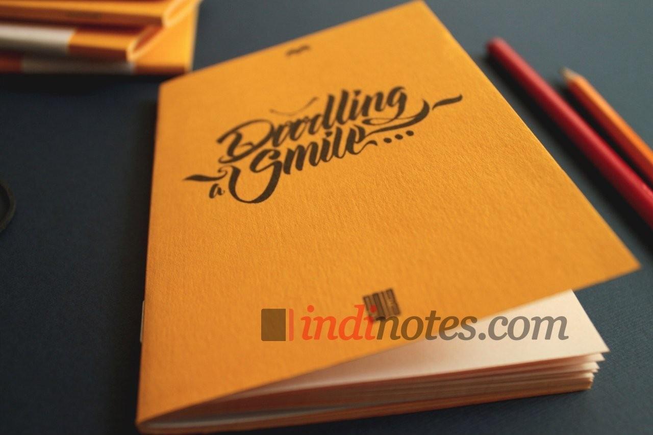 Скетчбук Memorandum Doodling a smile (нелинованный)