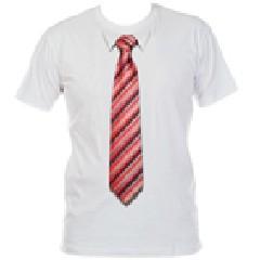 Футболка с 3D галстуком