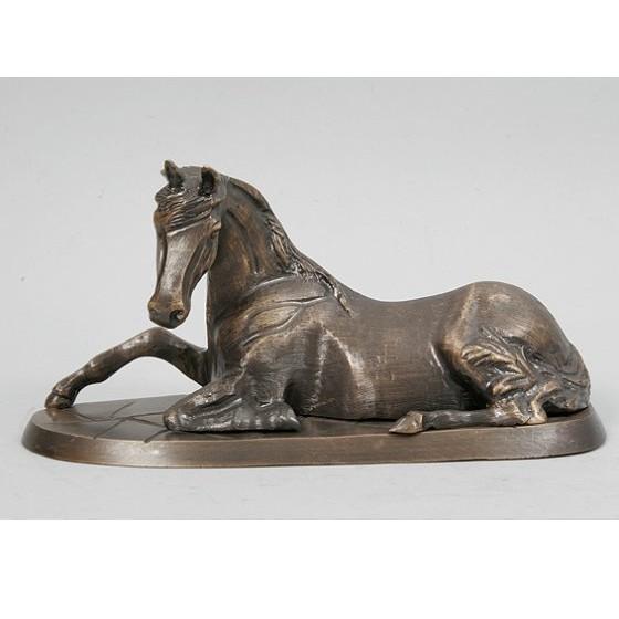 Статуэтка Лошадь лежащая