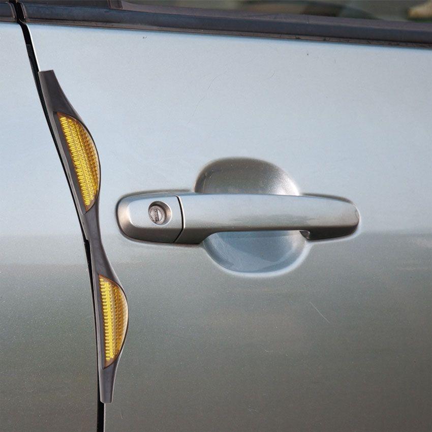 Набор светоотражающих накладок на дверь автомобиля