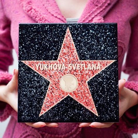 Голливудская звезда из керамики