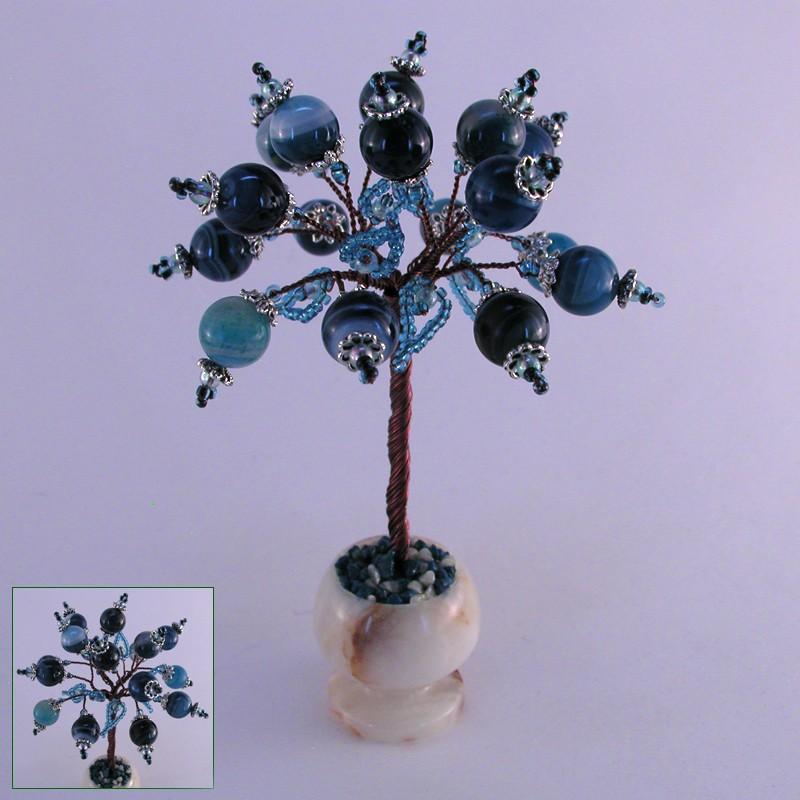 Миниатюрное дерево любви из агата в вазочке из оникса