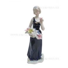 Фарфоровая фигурка Девушка (29 см)