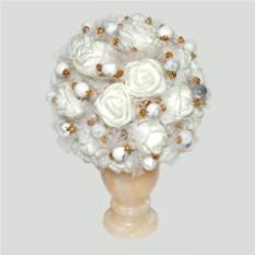 Цветы из кахолонга (молочного опала) Торжество