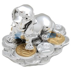 Посеребренная статуэтка Собачка на монетах