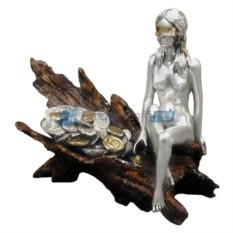 Скульптура Фортуна с монетами