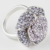 Кольцо с кристаллами Swarovski Rouz