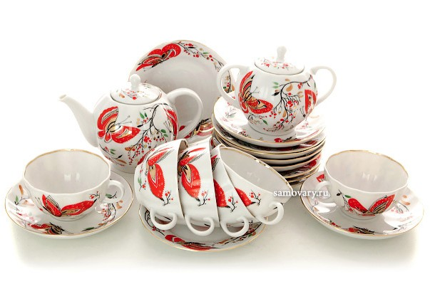 Фарфоровый чайный сервиз Бабочки на 6 персон