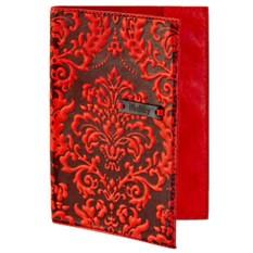 Красная кожаная обложка для паспорта с росписью