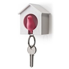 Держатель и розовый брелок для ключей Sparrow