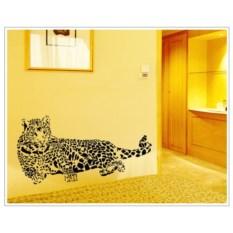 Виниловый стикер Леопард