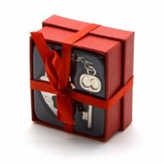 Сувенир в красной коробочке Ключ от сердца