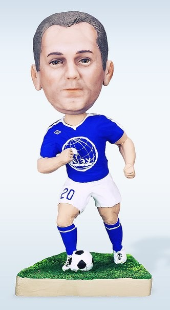 Кукла-шарж по фото «Лучший нападающий»