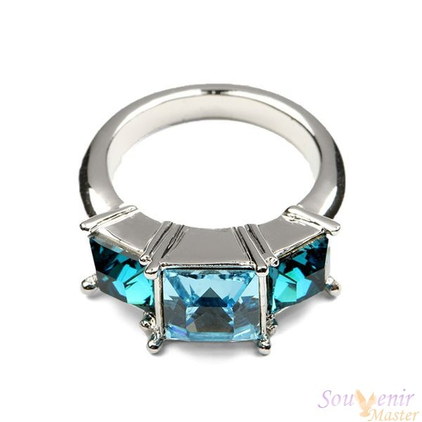 Кольцо с кристаллами Swarovski Trois