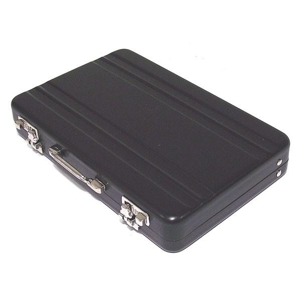 Визитница в виде чемоданчика черного цвета