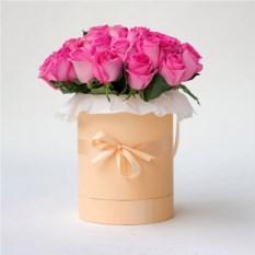 Букет из 35 роз 40 см в шляпной коробке
