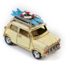 Модель ретро-автомобиля с фоторамкой и копилкой