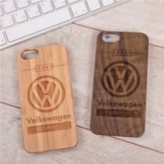 Деревянный чехол для iPhone Фольксваген с гравировкой