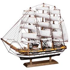 Модель парусного корабля «Америго Веспуччи»